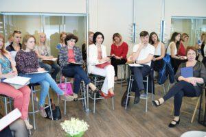 Очередная встреча директоров салонов. Ведущая Саблина Т. 2015